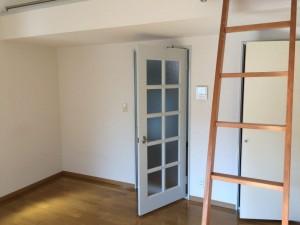 8帖洋室③角部屋